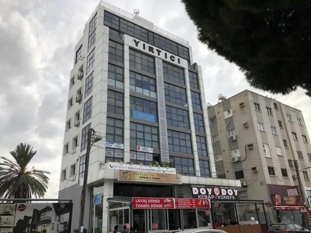Yenişehir'de Mükemmel Lokasyonda,Cadde Üzeri,Asansörlü Bina'da 160m2  Ofis...0533 876 16 30 / 0548 8