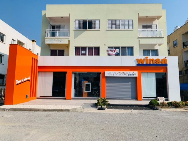 Lefkoşa Merkez - Anayol Bağlantılı Cadde Üzerinde 15 m. Cepheli Muhteşem bir KİRALIK Showroom !