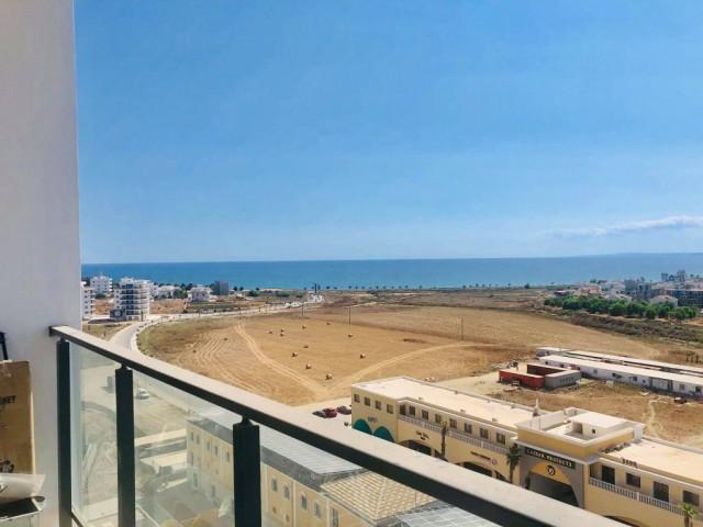 İSKELE LONG BEACH'TE DENİZ MANZARALI SATILIK 1+1 LÜKS DAİRE