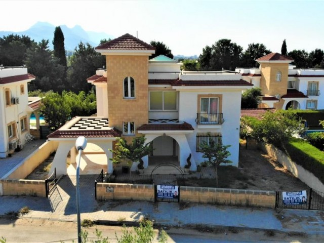 3 bedroom villa with pool for sale in kyrenia