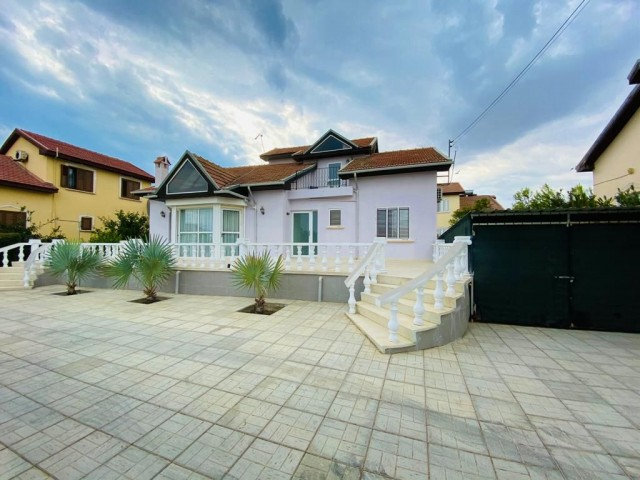 VILLA FOR RENT NEAR THE SEA, İskele Kalecik Villa ( near the Caesar beach) 4+1 for rent. Located in