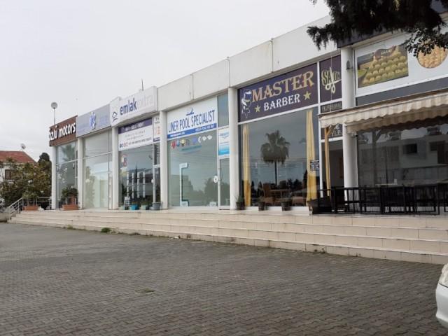 Karaoğlanoğlunda ana cadde üzerinde park sorunu olmayan kiralık dükkan