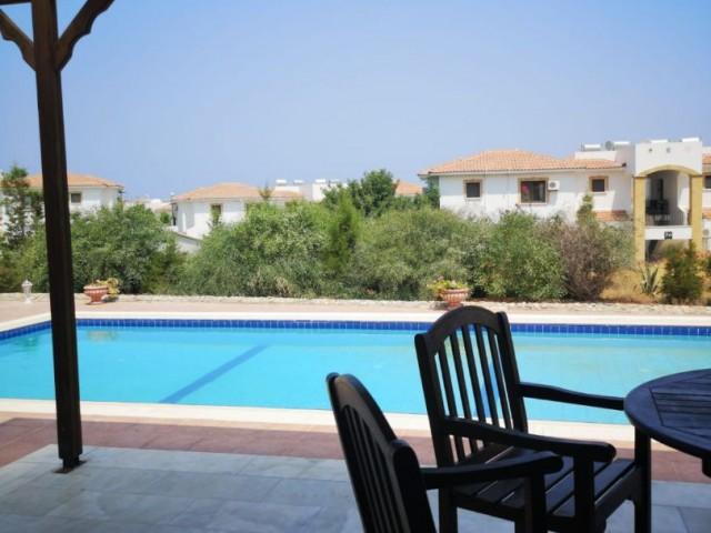 Girne Esentepe günlük kiralık villa, özel havuzlu( tek gün ve organizasyonlarda  sayısına göre  fiyat değişir)