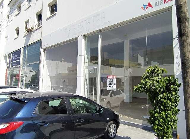 Girnenin en işlek caddelerinden Semih Sancar caddesinde kiralık 165m2 dükkanlar