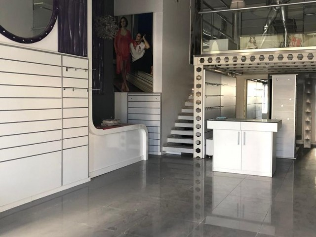 Köşklüçiftlik'te Aylık Ödemeli 120 m2, Sendeli Dükkan ( Her Şeyi İle Hazır Butik ! )